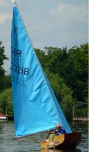 Hampton Sailing Club Senior Sail to Magpie Sunbury on Thames