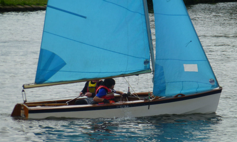 Hampton Sailing Club Ladies and Youth Regatta - Claude bailing